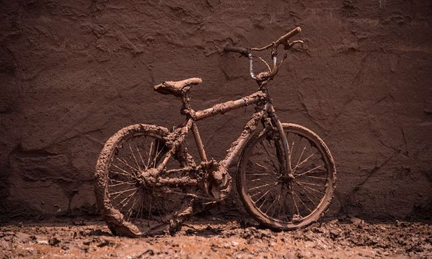 A bicycle covered by mud in Barra Longo near the site of the disaster.