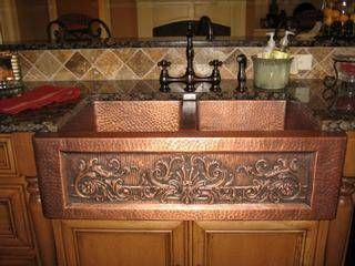 I am in LOVE with this copper farmhouse kitchen sink!