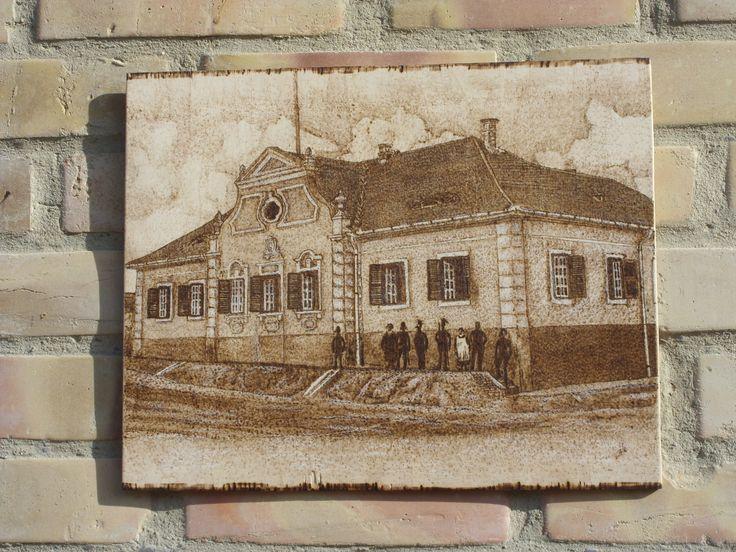 Magyar királyi Csendőr Laktanya, Tamási - kézzel égetett, pirográf kép (pyrography art)