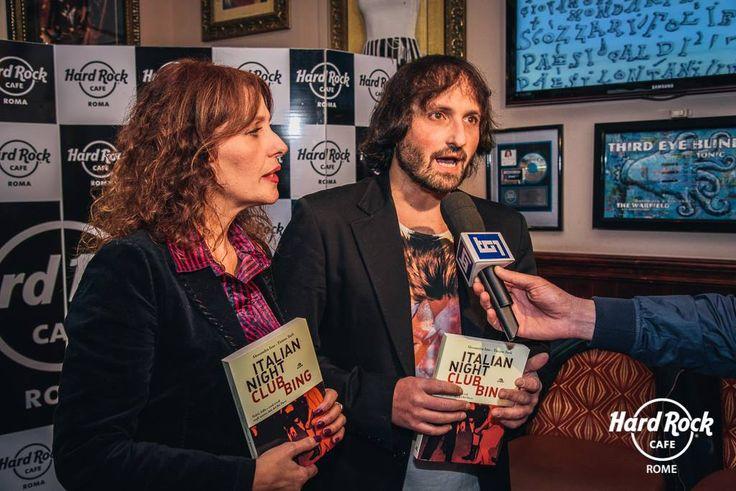 #AlessandraIzzo & #TizianoTarli alla presentazione del loro libro #ItalianNightClubbing a #HardRockCafe #Roma