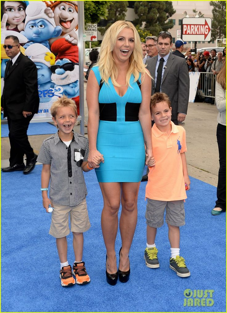 Britney Spears takes her boys Sean Preston and Jayden James to the Smurfs 2 Premiere on July 28, 2013