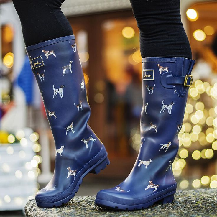 Keep your feet dry this winter! Because let's be serious, we live in Vancouver, there is no snow