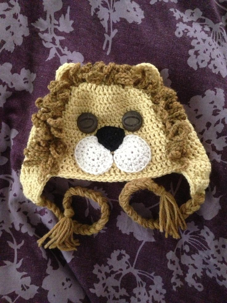 Crocheted lion hat Crochet shoes Pinterest