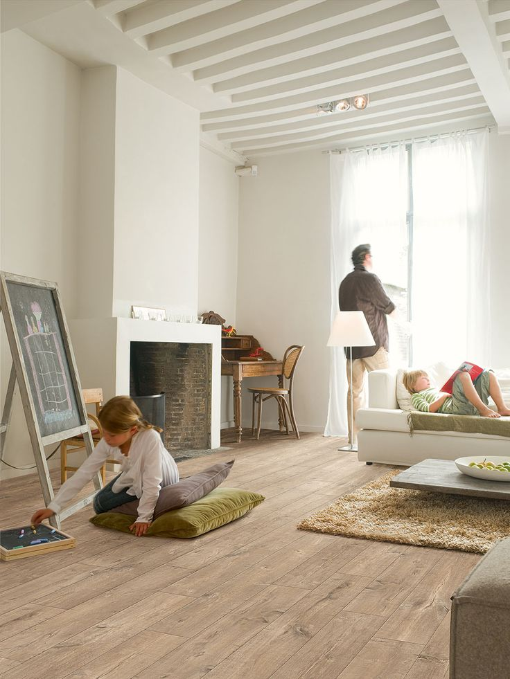 Quick-Step Perspective Wide 'Oak with saw cuts light' (UFW1547) Laminate flooring - www.quick-step.com