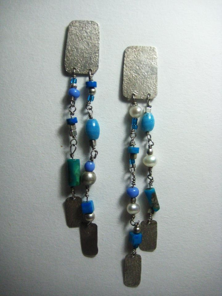 Aros Plata 950, perlas, turquesas, y mostacillas.