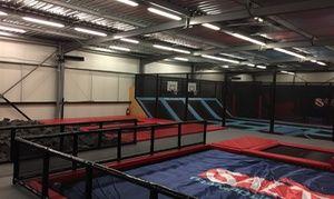 Groupon - 1h d'accès libre pour enfant, jeune ou adulte, option accès à la zone Ninja Warrior, dès 6 € à Salto Trampoline Arena à Aix-en-Provence. Prix Groupon : 6€
