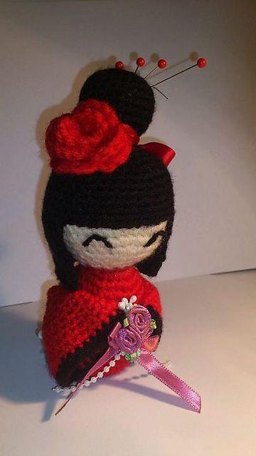 Amigurumi Kokeshi Tutorial - pattern here: http://passionfyre.tumblr.com/post/19384013318/amigurumi-kokeshi-doll-free-pattern