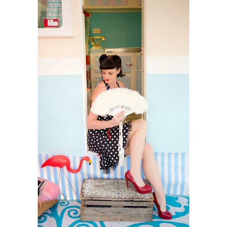 Happy weekend! Throwback to a fab rockabilly inspired sesh with the fabulous Ms D.  Hair by Brooke Rockabilly Boutique Styling by Liv  #canberraphotographer  #canberraportraitphotographer  #pinupbabe #vintageinspired  prettyflamingo #vintagecaravan #rockabillyboutique
