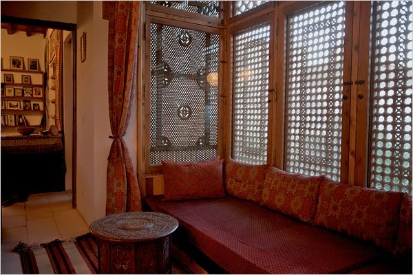 Middle Eastern Design Meets Asian - The New York Times > Great Homes and Destinations > Slide Show > Slide 4 of 11