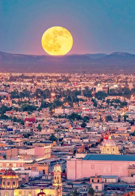 Moon over Durango | Mexico (by Ivan Rumata)
