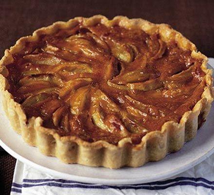 Caramel custard apple tart | Recipe