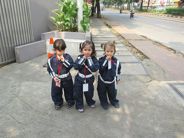 K3 students learning about security