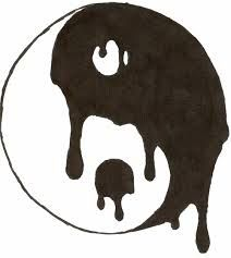"""yin yang"" love the way it drips into itself! I want this on my photo wall"