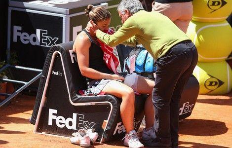 #ERRANI si è sottoposta alla risonanza magnetica che ha evidenziato una distrazione di secondo grado del tendine. Necessari due giorni di riposo, ma il Roland Garros non è a rischio. #rg2014