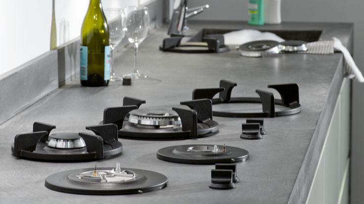 PITT cooking is toe te passen in bladen van o.a. Graniet, beton en RVS. Voordeel is ook dat het makkelijker schoon te houden is dan een conventionele kookplaat.