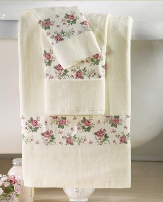 Charming Rosebud Towel