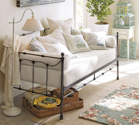 Cute look for a spare bedroom. Luv that you can add a trundle for more sleeping-room.