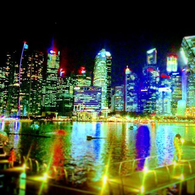 【yukinaga1484】さんのInstagramをピンしています。 《シンガポールは夜景がオーストラリアに似てる🇦🇺🇸🇬 ブログ赤裸々に書いたんで俺のインスタのプロフィールから飛べるから是非読んでください。  #バックパッカー #バックパック  #海外 #海外旅行 #世界一周#世界遺産 #東南アジア#東南アジア一周 #1人旅 #旅人#海 #タイ#ベトナム#カンボジア#マレーシア #シンガポール#ブルネイ#バリ島#インドネシア#フィリピン#韓国#日本 #yukinagaブログ》