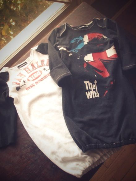 Tutorial how to turn an old band t-shirt in to a rockin' baby gown so cool :)