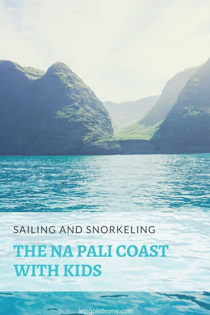 Sailing and snorkeling the Na Pali Coast with kids