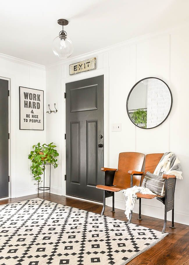 A Simple Mudroom Gets A Vintage Modern Makeover With Custom Molding And Budget Friendly Decor Vintage Modern Vintage Decor Mudroom Decor Modern Vintage Homes