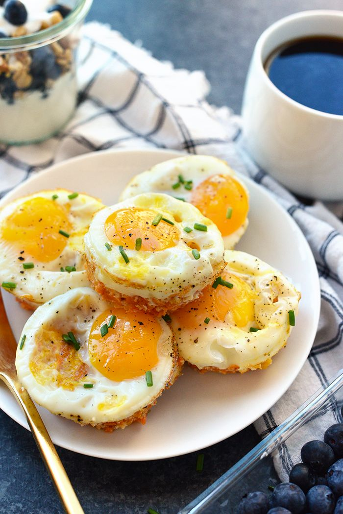 Sweet Potato Hash Egg Cups - sweet potato, cheddar cheese (might sub another cheese), garlic, eggs, salt & pepper