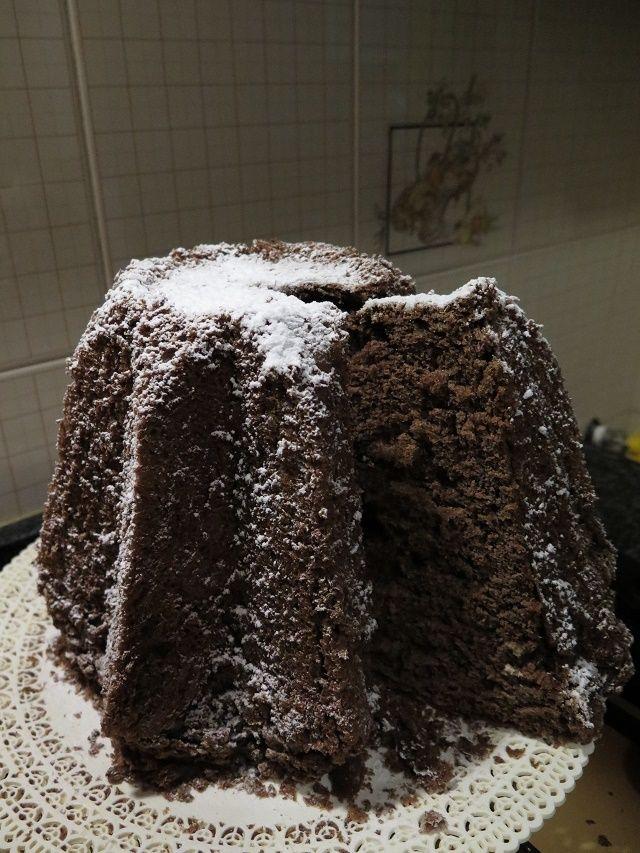 Pandoro+al+cioccolato+fondente...meglio+tardi+che+mai!