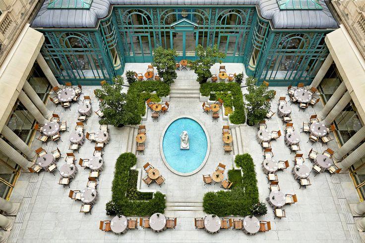 L'hôtel Westin Paris-Vendôme à Paris palace parisien http://www.vogue.fr/voyages/hot-spots/diaporama/lhtel-westin-paris-vendme-paris-palace-parisien/24861#lhtel-westin-paris-vendme-paris-palace-parisien-3