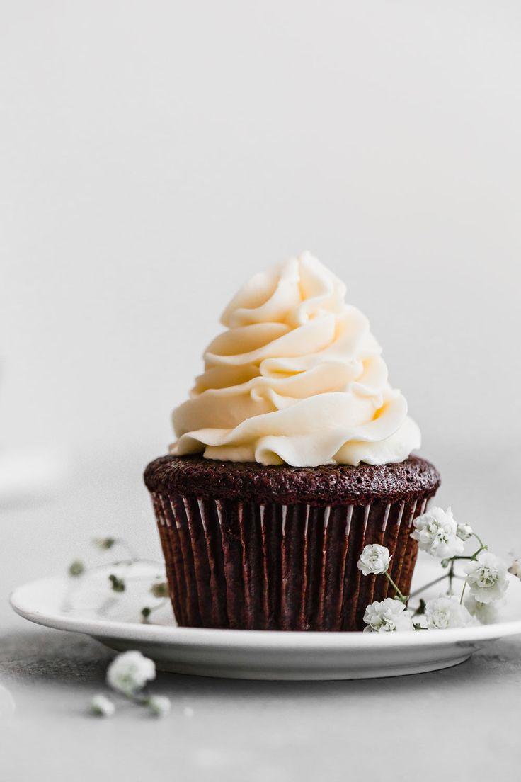 Perfect Chocolate Cupcakes Recipe   Grandbaby Cakes