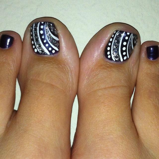 Best 25 cute pedicure designs ideas on pinterest cute toenail best 25 cute pedicure designs ideas on pinterest cute toenail designs toenails and toe nail designs simple prinsesfo Images