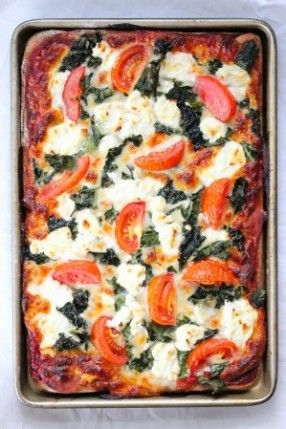 kale goat cheese pizza - Old World Flatbread - whole weat - half recipe, only 1 cup cheese - 400 at 8 min - Exquisite pizza sauce