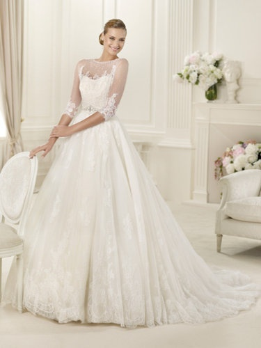 So Grace Kelly Pronovias bridal 2013