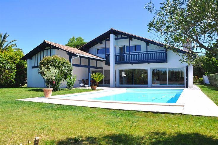 28 best Villas images on Pinterest Mansions, Villa and Villas - location maison cap d agde avec piscine
