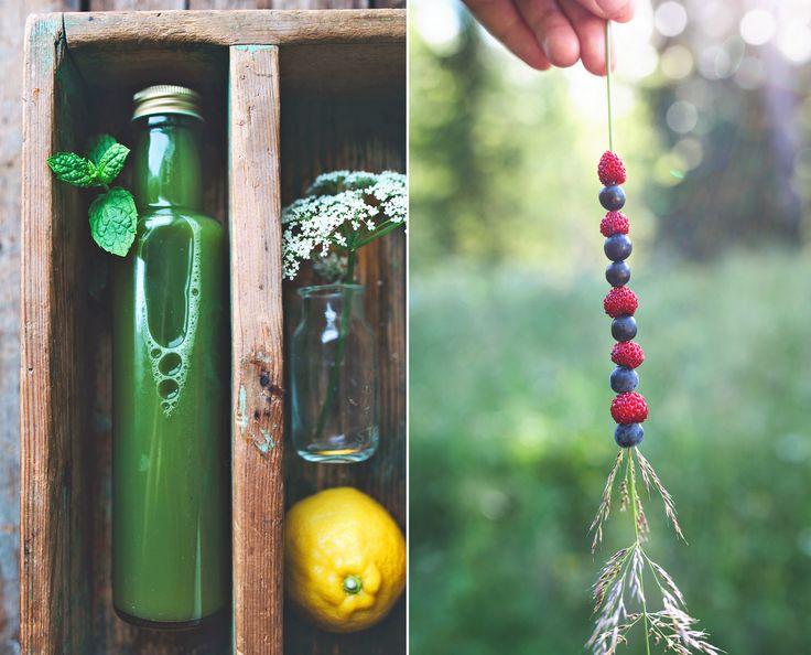 Green Juice & Summerberries / Grönjuice & Sommarbär på strå ♥ Evelinas Ekologiska