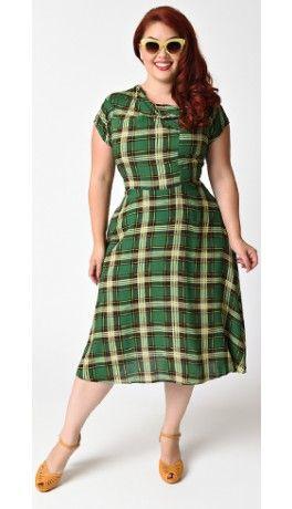Preorder - Unique Vintage Plus Size Green Plaid Print Amelia Cap Sleeve Swing Dress