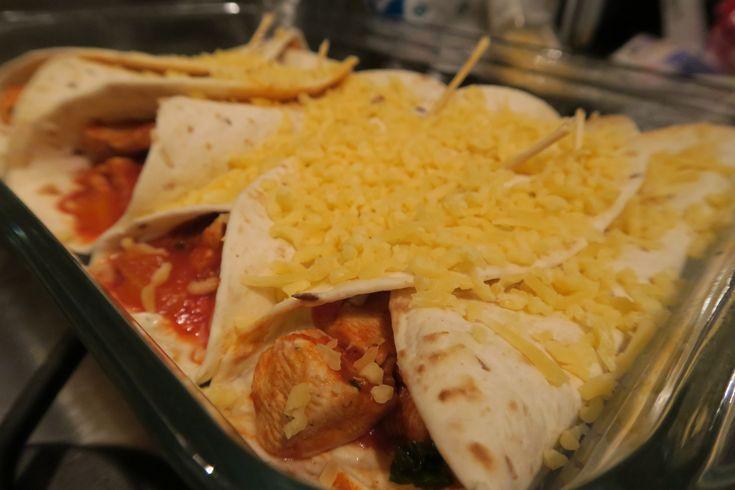 Misschien wel hét populairste gerecht onder de maaltijdpakketten van Knorr: Mexicaanse Burritos. Maar het is vrij eenvoudig om dit lekkernij vers en helemaal zelf te maken! En de smaken komen verrassend dichtbij die van Knorr. Ik ben zelf dol op Mexicaanse Burrito's. De... #food #health #recept