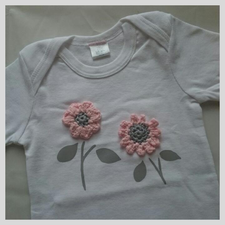Baby onesie with flower crochet applique | Lil Joy