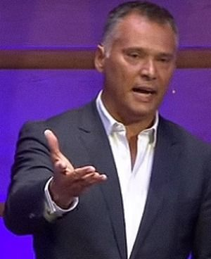 Stan Grant delivers a speech on racism in Australia that has gone viral #auspol VIDEO 1 Minute excerpts