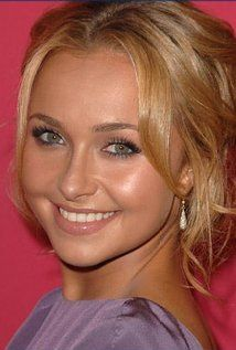 "Hayden Panettiere  Born: Hayden Leslie Panettiere August 21, 1989 in Palisades, New York, USA  Height: 5' 0¼"" (1.53 m)"