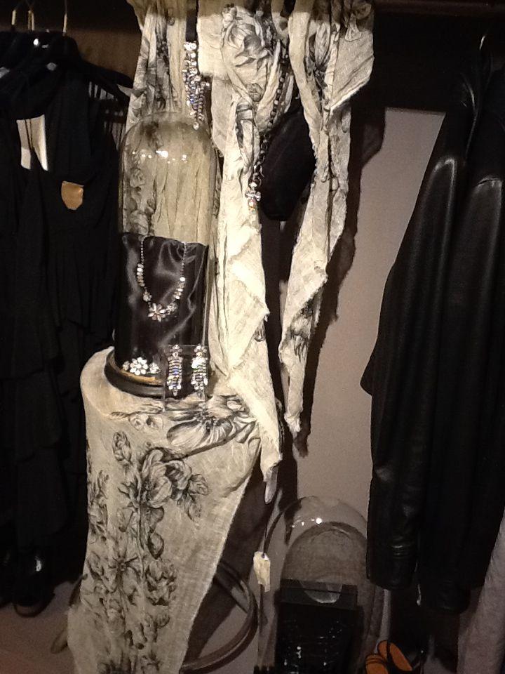 Gioielli Bicocchi e sciarpe Faliero Sarti springsummer 2014 accessori donna Lilly abbigliamento