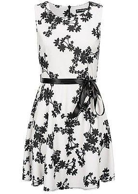 c49ece5007a Styleboom Fashion Damen Dress Floral Print weiss schwarz - Art.-Nr.   19026144