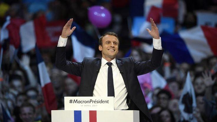 Emmanuel Macron serait-il complexé par son (jeune) âge ? #Peopolitique