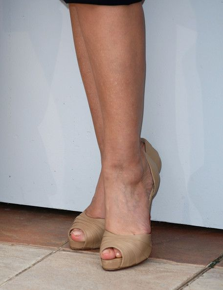 Monica Bellucci Photos - A close up of the High Heels worn by Monica Bellucci attends the Don't Look Back Photocall held at the Palais Des Festivals during the 62nd International Cannes Film Festival on May 16, 2009 in Cannes, France.  (Photo by Gareth Cattermole/Getty Images) * Local Caption * Monica Bellucci - Don't Look Back Photocall - 2009 Cannes Film Festival