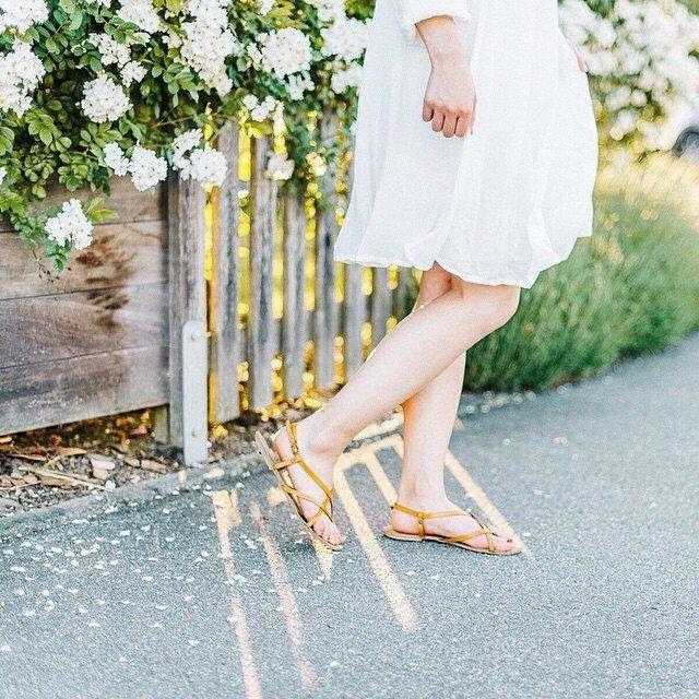 @juliasangnguyen: Утренний свет и ветер дует через ваш белый #Esprit платье - летнее время и жизни легко ...