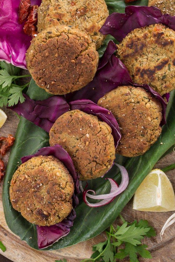 Baked #FALAFEL recipe or pan fried falafel #glutenfree #vegan #easy and #healthy : ricetta falafel al forno o falafel in padella facili e sani, senza glutine, senza lattosio, senza uova , vegani