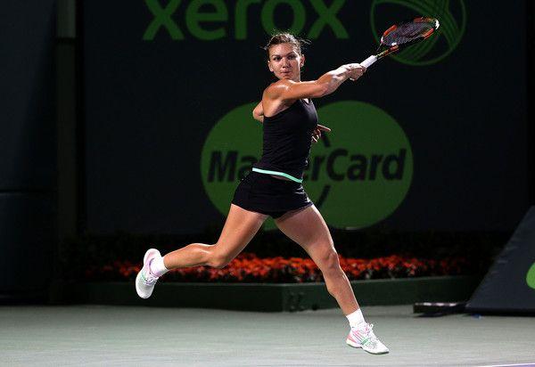 Simona Halep Photos: Miami Open Tennis - Day 10