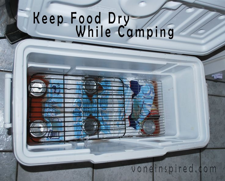 HOW TO KEEP YOUR FOOD DRY IN A COOLER WHILE CAMPING || Place ice and cans at the bottom of the cooler. Place cooling racks on top of the cans. Now you have a nice dry shelf to place food on.