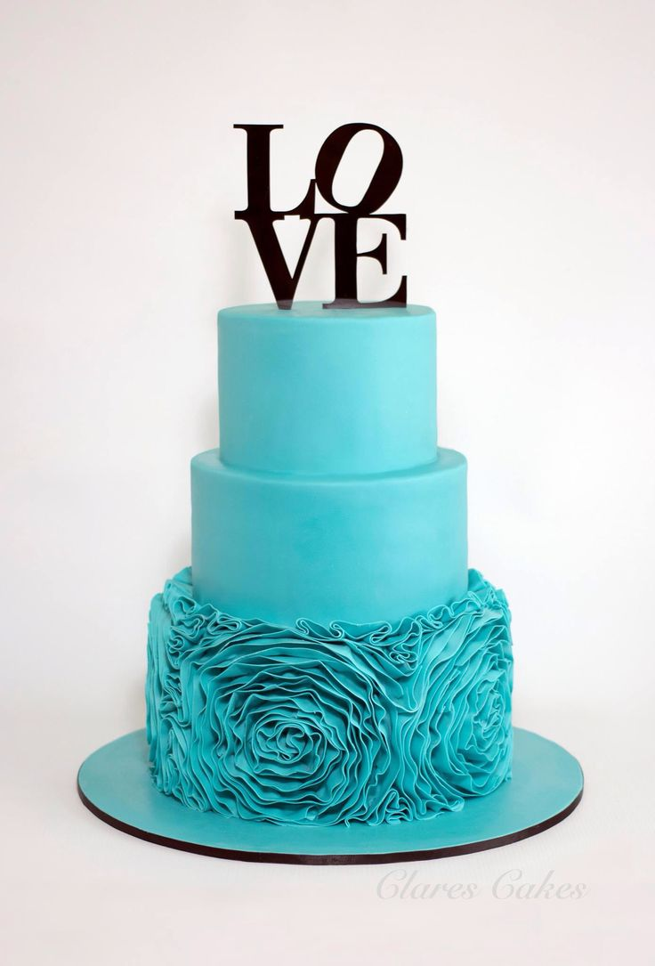 Rosette ruffle wedding cake