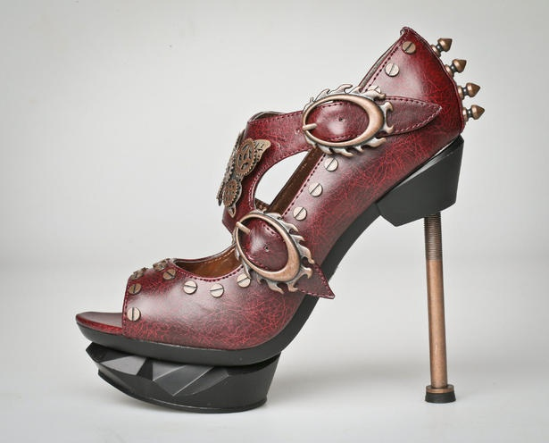 Weekly Shoe: Northbound Leather's steampunk pump #fashionSteampunk Shoes, Shoes Reports, Steam Pump, Northbound Leather, Letterbox Shoes, Contemporary Shoes, Leather Steampunk, Fashion Fiction, Steampunk Pump