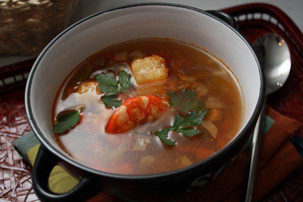 Суп из белой рыбы с креветками | Рыбный суп, Супы и ...